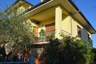 Capezzano Pianore | B&B Villino L'Argine